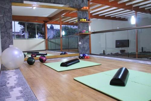 Yoga & Pilates CETMYN